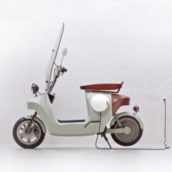 Van.Eko Be.e electric bio-composite scooter