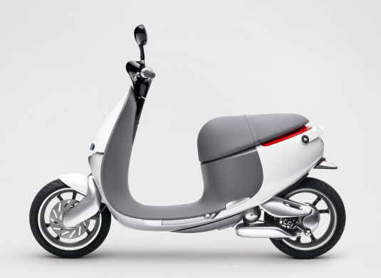 Gogoro 1 Series Plus 🛵 Electric Moped Scooter 2019