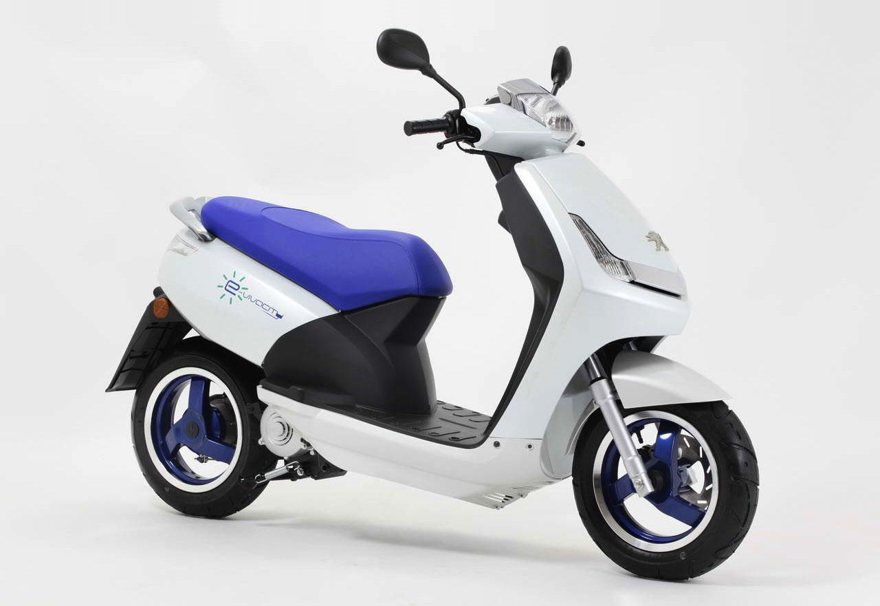 Peugeot e vivacity electric scooters 2018 peugeot e vivacity fandeluxe Image collections