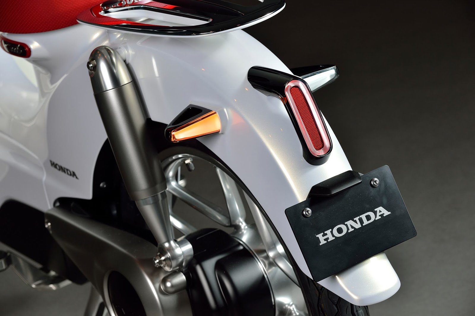 Honda EV Cub – 🛵 Electric Moped Scooter 2019