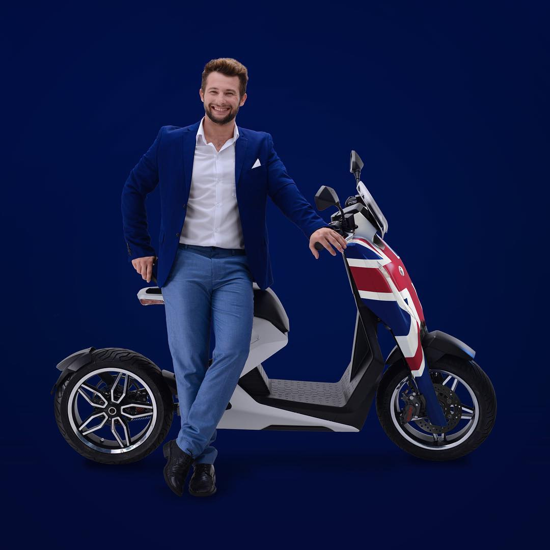 Zapp I300 🛵 Electric Moped Scooter 2019